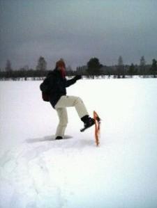 lumikenkäilyposeeraus