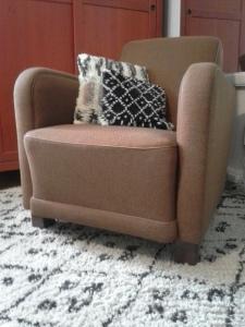 nojatuoli-tyynyt-matto