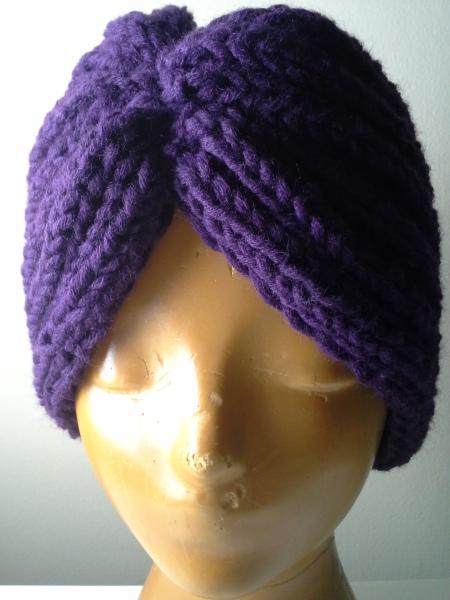 violetti-neuleturbaani